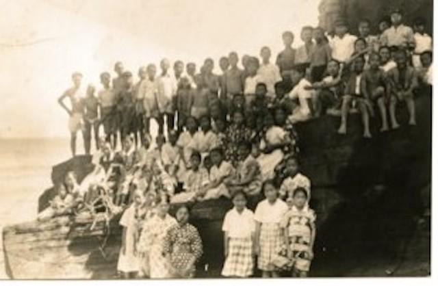 戦前の小笠原諸島・硫黄島の子どもたち=全国硫黄島島民の会提供