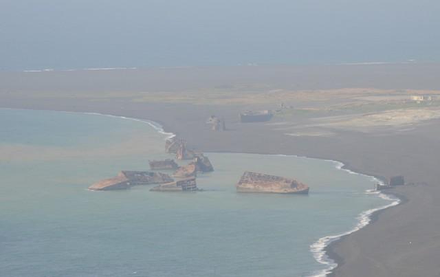 現在の硫黄島の様子=2015年3月21日撮影