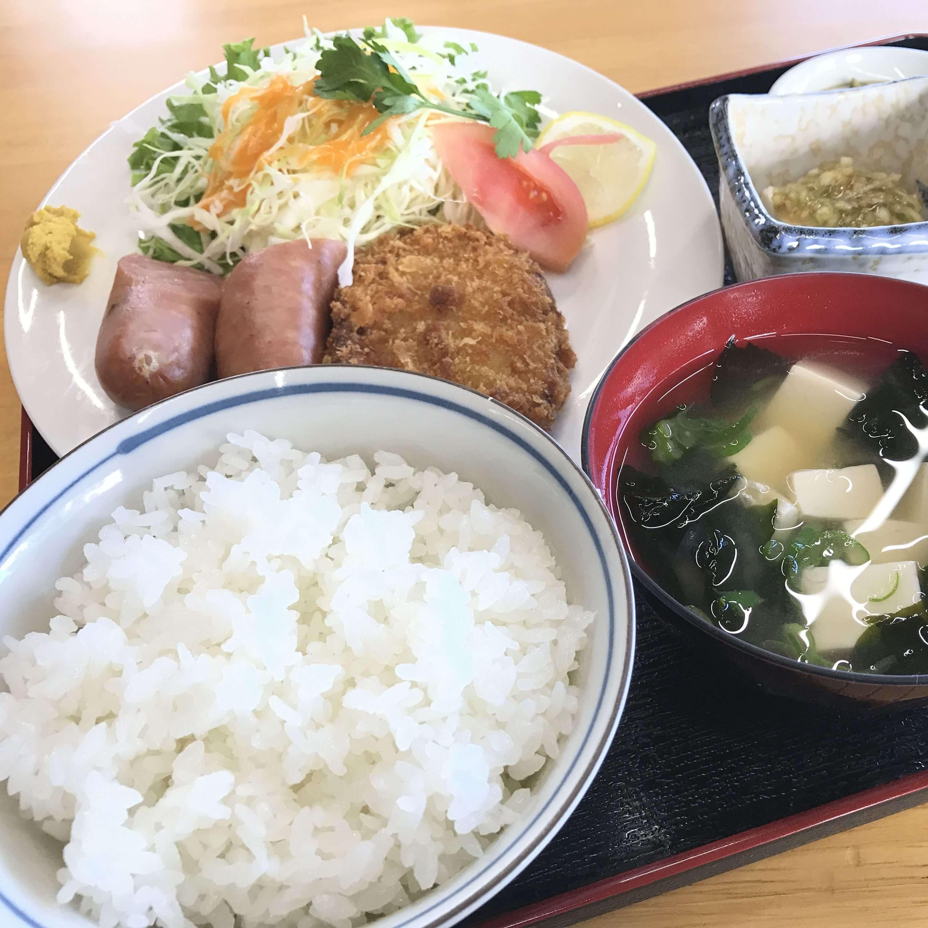 天栄米の食事の写真