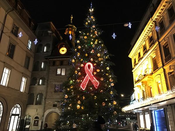 ローヌ通り近くにあったクリスマスツリーの写真